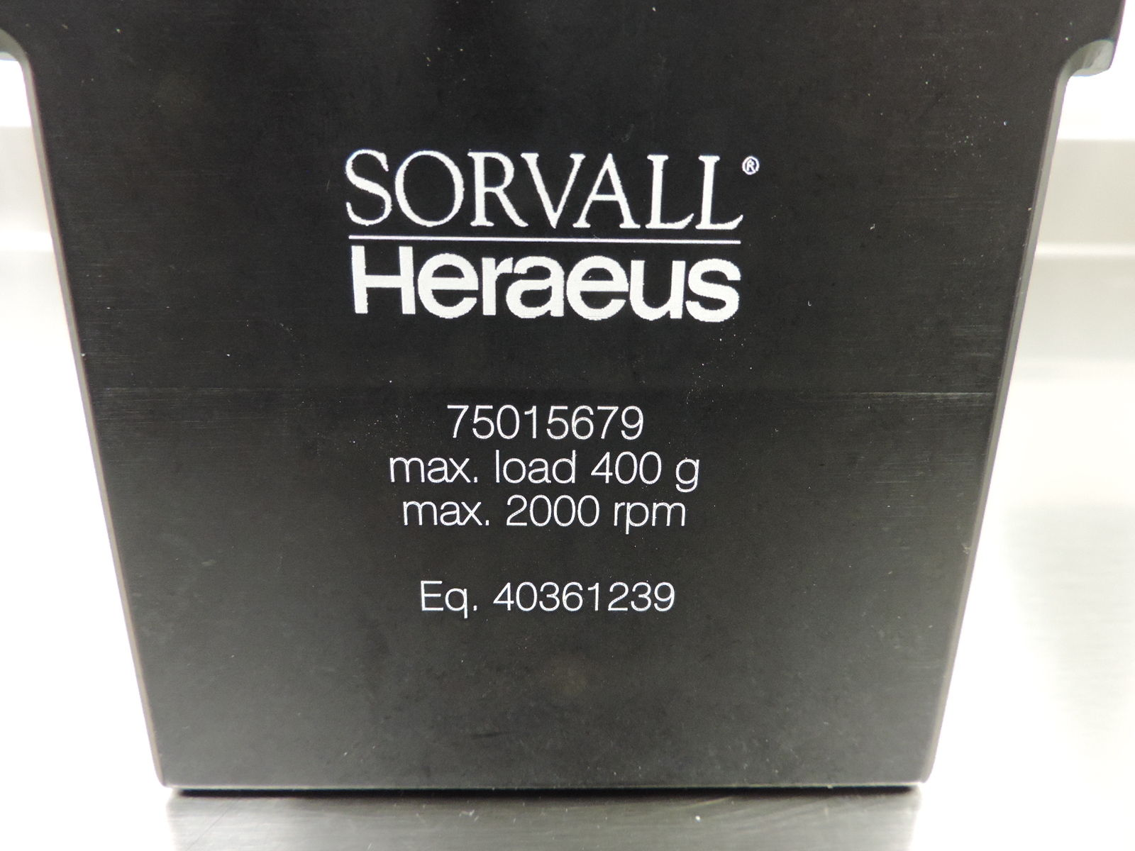 Sorvall Heraeus™ 75015679 Buckets with 75015686 Card Holders