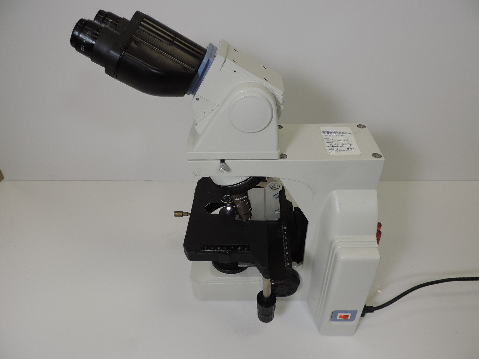 Nikon Eclipse E400 Laboratory Microscope